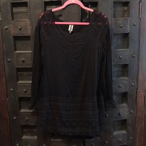 Black and lace tunic by XCVI